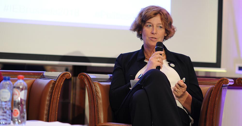 Minister De Sutter: