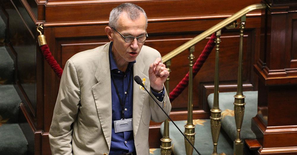 Minister Vandenbroucke vraagt begrip voor trage opstart vaccinaties